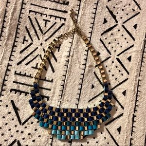Jewelry - 💎 gorgeous blue and gold statement necklace